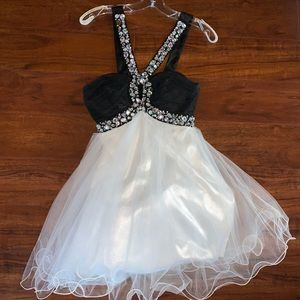 Dresses & Skirts - Pageant/formal/party dress